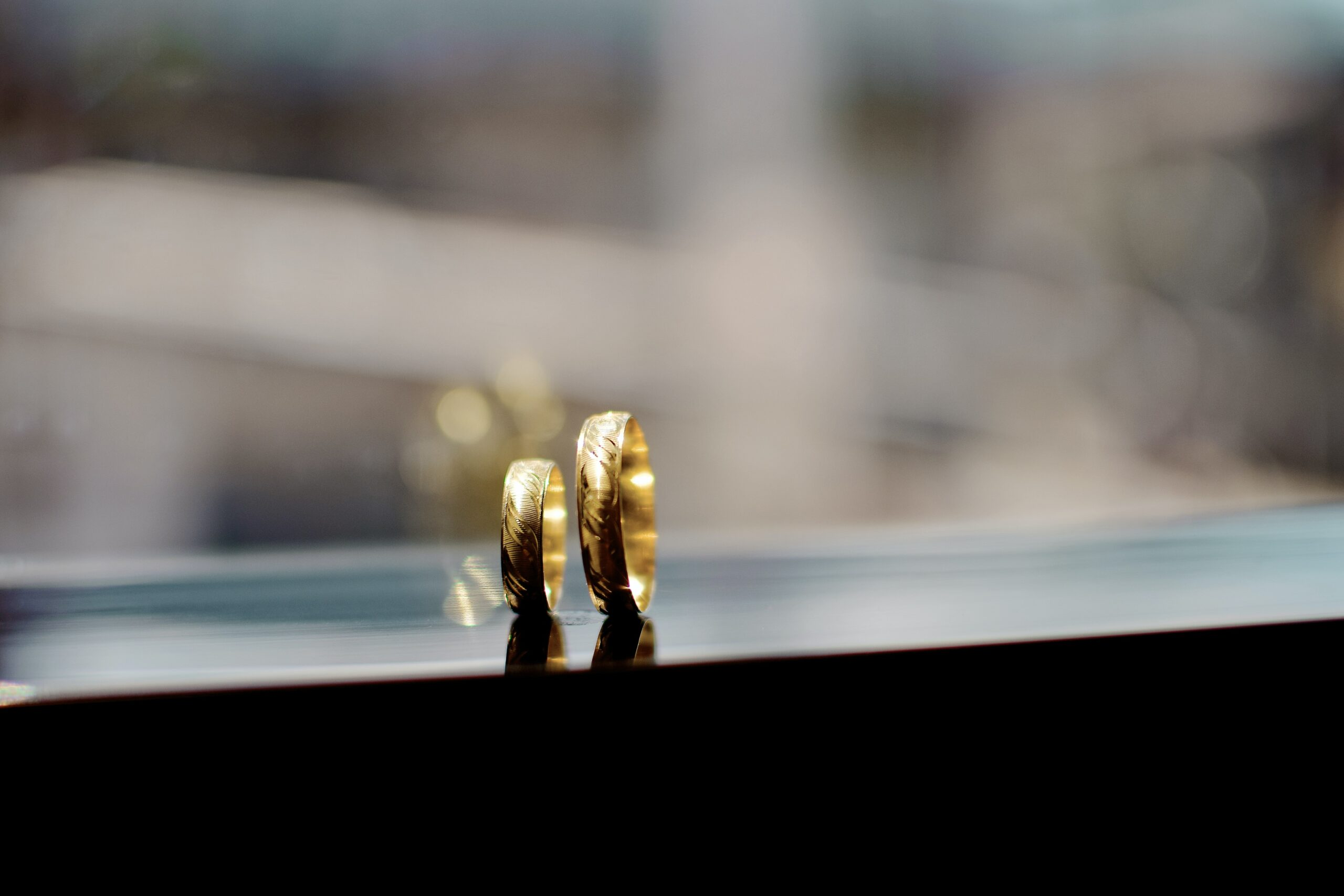 Tips Memilih Cincin Tunangan yang Tepat untuk Pasangan Anda