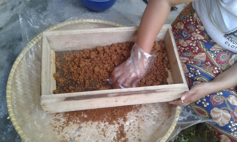 Cara-Membuat-Gula-Semut-Dari-Gula-Aren